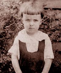 Рэй Брэдбери в 1923 году